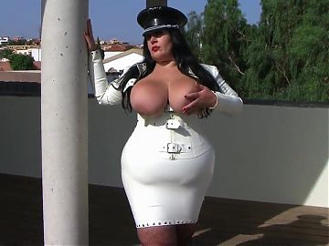 Tight White Latex BBW, would you love to get sucked by her