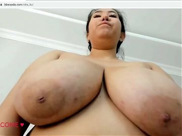bbw is serving you some big and saggy tits